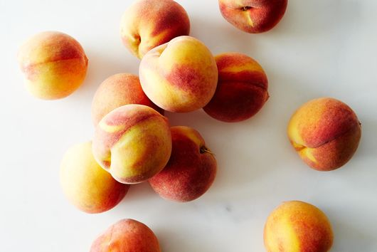 Frog Hollow Farm Organic Peaches