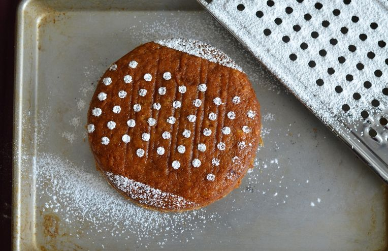 How to Hack a Cake or Cookie Stencil