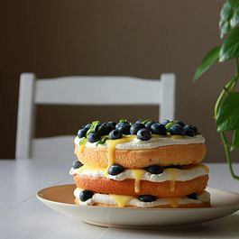 Blueberry lemon curd cream cake