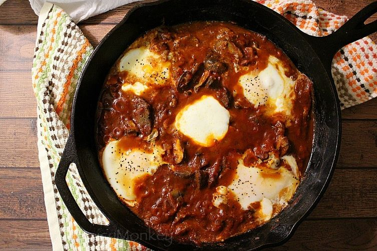 Eggs in Purgatory {Shakshuka}