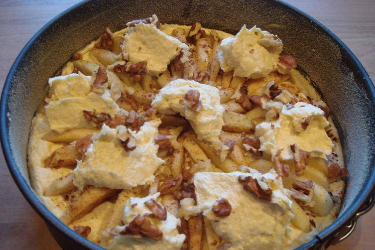 Apple Cake with Walnuts