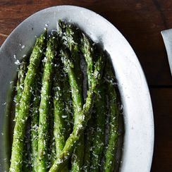 Asparagus with Spring Garlic Pesto