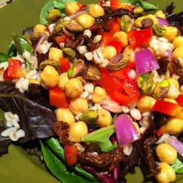597e499e d102 48eb a43e 75e31f32718c  barley salad