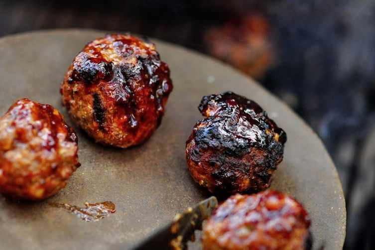 BBQ Meatball Sliders