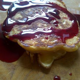 \m/ Coconutty-Pear Pancakes with Massacre Sauce \m/