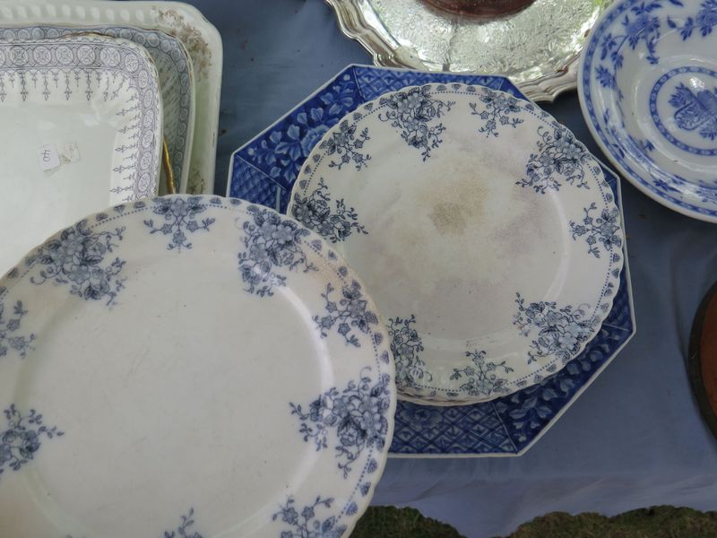 20 Tips for Smart Antiquing (Or: How to Find Deals & Stay Sane at Brimfield)
