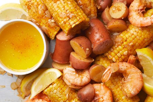 Slow-Cooker Low-Country Shrimp Boil