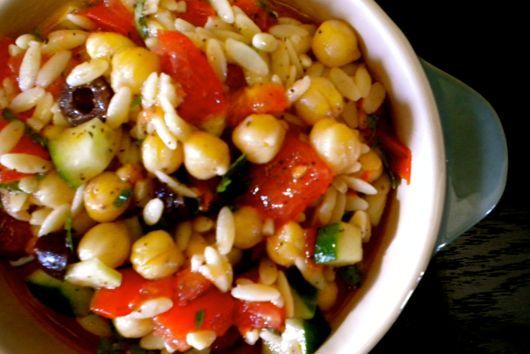 Tomato, Orzo & Chickpea Salad