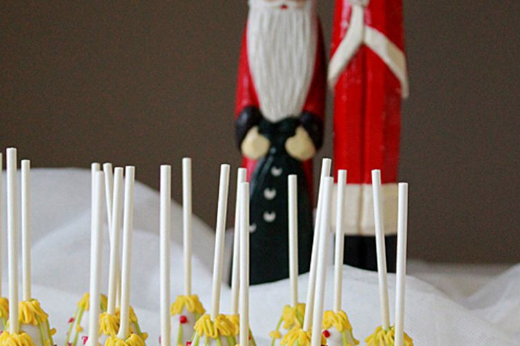 White Christmas tree cake pops
