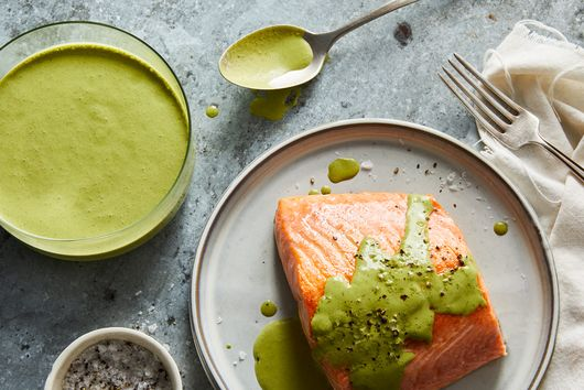 Herby Yogurt Sauce for Fish