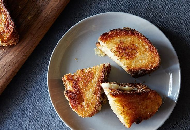 In Defense of the Grilled Cheese Desk Lunch