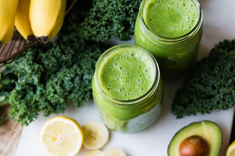 Avo Banana Kale Green Smoothie
