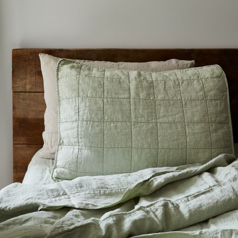 Quilted Linen Shams (Set of 2)
