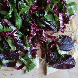 Why Salad Pizza Should Be the Next Big Thing
