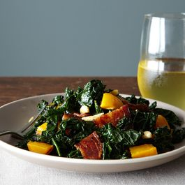 3046e057 8821 4de9 a724 3c950d592f41  2014 1021 kale salad with winter squash bacon 309