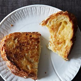 C062d866-7a24-4666-aef1-365d29255ce2.2013-0903_not-recipes_grilled-cheese-346_1-