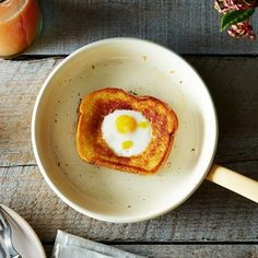 Grilled Cheese Egg in a Hole + The Serpenti