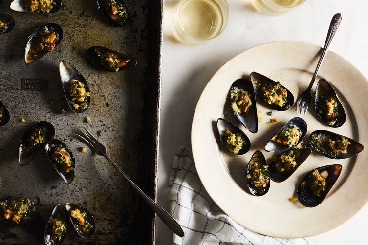 "Two Fat Ladies' Broiled ""Mussels Casino"""
