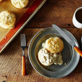 Buttermilk Biscuits with Sausage Gravy