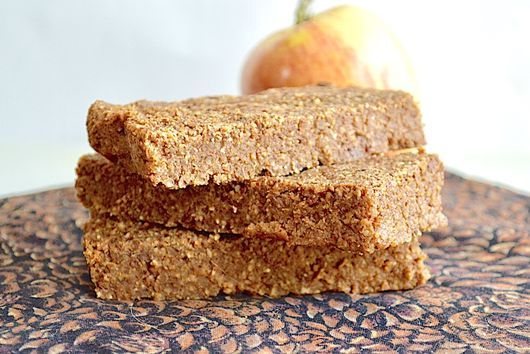 Apple Almond Energy Bars