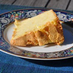 Bette's Best Sour Cream Cake
