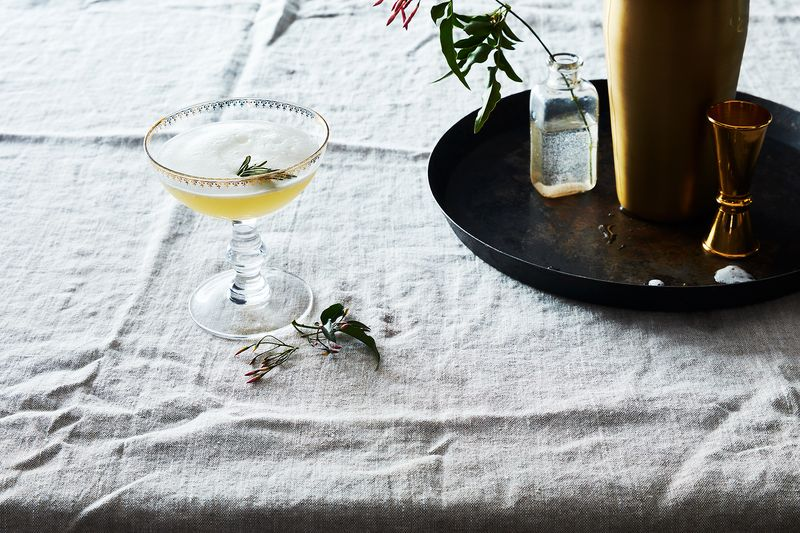 A Non-Alcoholic Spirit That Tastes Just Like a Craft Cocktail