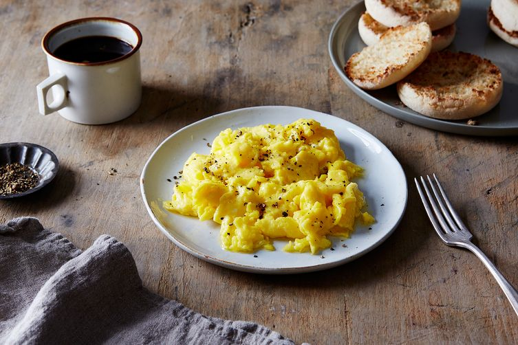 Lady & Pups' Magic 15-Second Creamy Scrambled Eggs