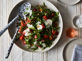 5 Salads You Can Totally Toss Together in 5 Minutes