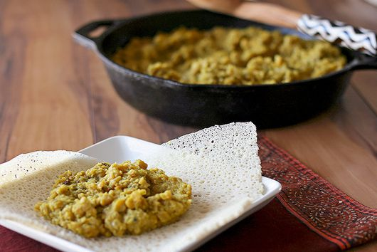 Kik Alicha (Ethiopian yellow split pea stew)