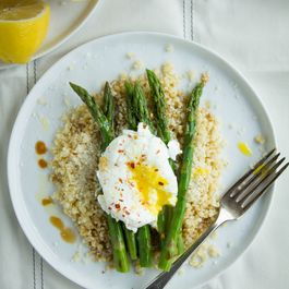 Asparagus, Poached Eggs and Bulgur
