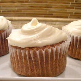 827a3382 7531 49b0 888d f3d15103d7ae  carrot cupcake food 52