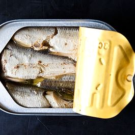 11 Reasons Anchovies Are Our Favorite Little Fishes