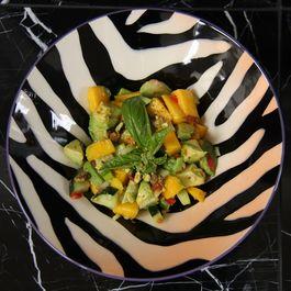 36a9cf9a 17b9 4058 8ccc 032d0fc76402  avocado salad1 1045