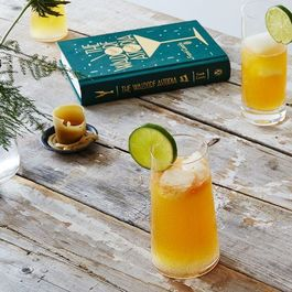 Ab466043 9daa 451b 8c67 5bdf6eced422  2016 0512 mezcal cocktail with grapefruit juice and ginger beer bobbi lin 23660