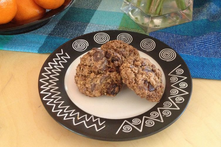 Golden flax, spelt, oatmeal raisin cookies