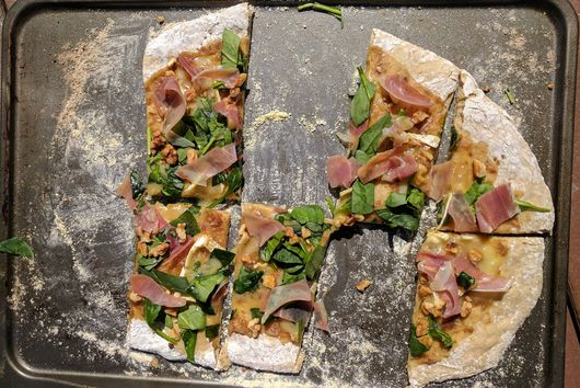 Brie and Date Paste Pizza