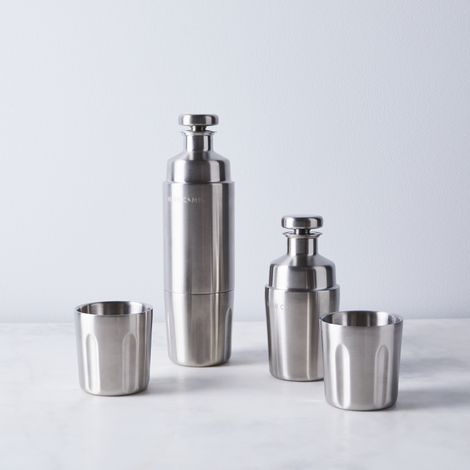 Double Walled Magnetic Flask & Tumblers