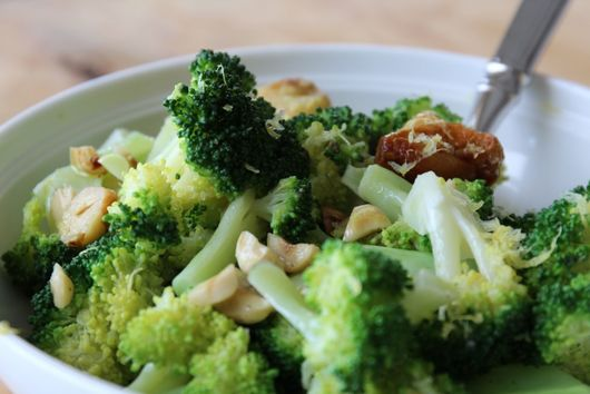 Simple Broccoli with Roasted Garlic, Toasted Hazelnuts, and Lemon
