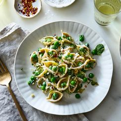 The Springiest Pasta with Green Peas, So Many Alliums, and All the Herbs