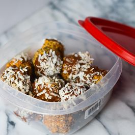 Energy Pretzel Bites (adapted from Pinch of Yum)