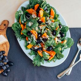 E082f225-f81a-48e1-807a-9257bc5ea29a--roasted_squash_and_grape_salad05