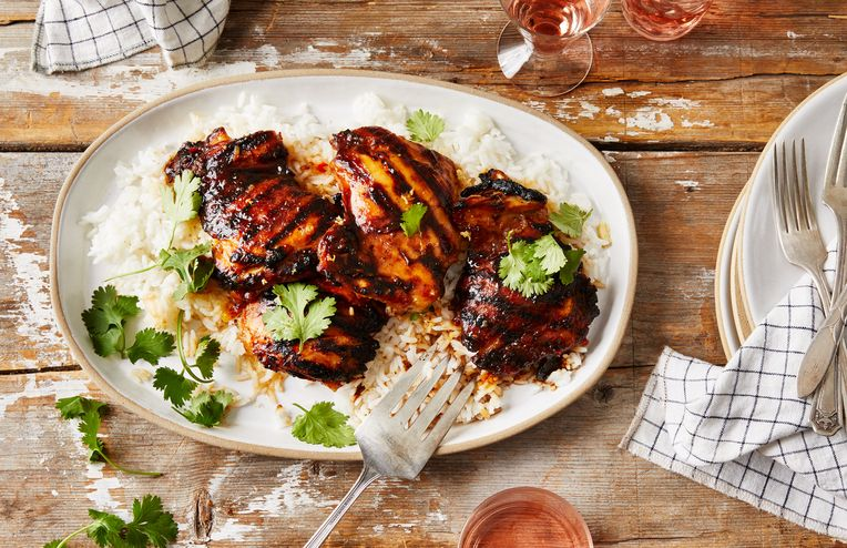 These Sweet & Tangy Grilled Chicken Thighs Are 100% Ready for Summer