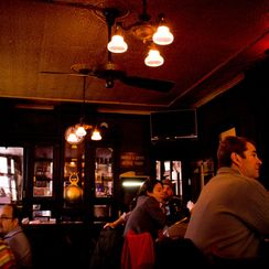 A New Approach to Restaurant Acoustics Feels a Lot Like Home