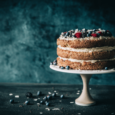 We Asked Food World All-Stars to Make Our Shop a Birthday Cake