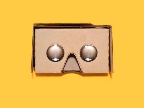 Google's Cardboard App JOSH VALCARCEL/WIRED