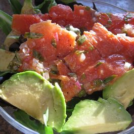7e0b0f04 fba6 48b5 97da 0585c0e9352f  lox and avocado summer salad 035