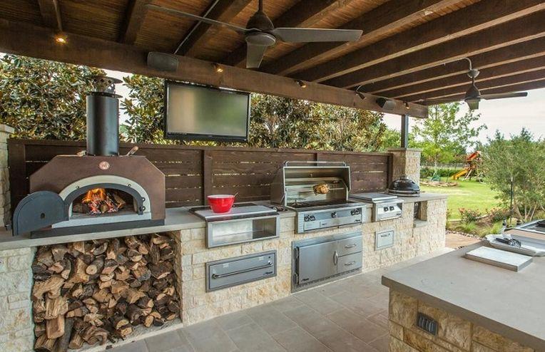 19 Backyard Kitchens That Make Us Want to Live Outside