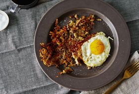 Genius 3-Minute, All-Crispy Hash Browns from Josh Ozersky