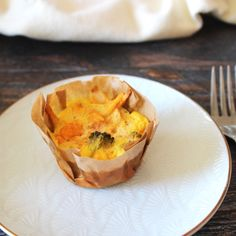 Paleo Buffalo Chicken & Broccoli Egg Cups