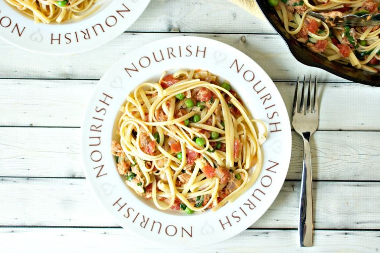 Light Tuna and Tomato Pasta